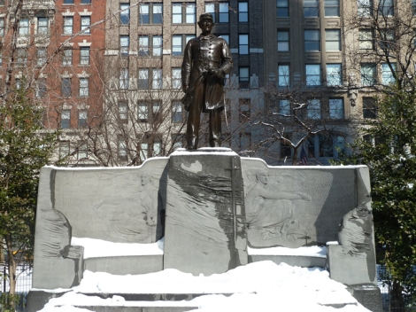 The Admiral David Glasgow Farragut Monument in Madison Square Park, can be seen on the Five Squares and a Circle Tour.