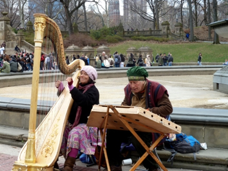 Harp, dulcimer, Bethesda Fountain, Central Park