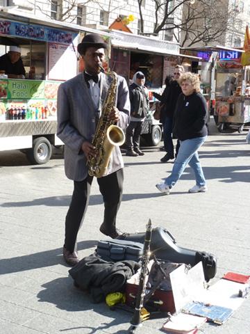 Saxophone, sidewalk, Metropolitan Museum of Art