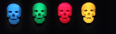 Lego, Nathan Sawaya, Discovery Center, Times Square, skulls, red, yellow, blue, green