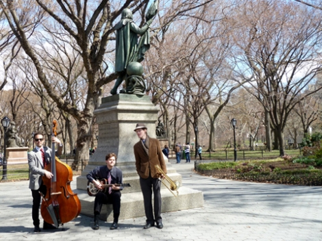 Musicians, Central Park, Literary Walk