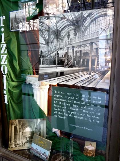 Jackie Onassis, Penn Station, Rizzoli