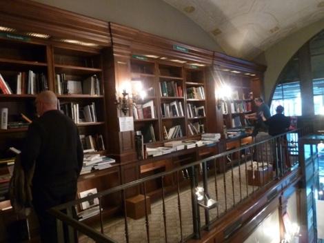 second-floor. mezzanine, Rizzoli's