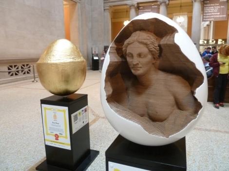 Fabergé egg hunt, Aphrodite, white, April, Easter egg, Metropolitan Museum of Art, gold