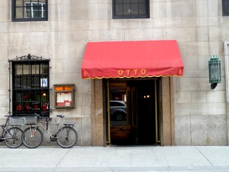 Otto, Mario Batali, piazza, Fifth Avenue, New York