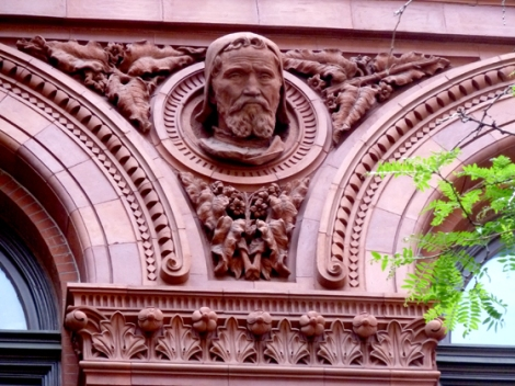 Brooklyn, Brooklyn Historical Society, Guides Association of New York City, George B. Post, Olin Levi Warner, Michelangelo, Beethoven, Gutenberg, Shakespeare, Columbus, Benjamin Franklin