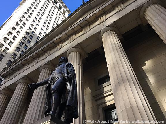 Walk About New York, Downtown Manhattan Walking Tour, Charging Bull, Wall Street, Lower Manhattan, New Amsterdam, Federal Hall, George Washington, Oath of Office
