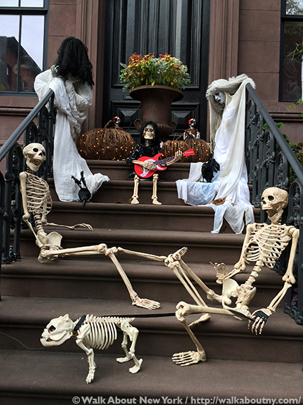 Halloween, Greenwich Village, October 31st, Ghosts, Goblins, Skeletons, Pumpkins, Greenwich Village Walking Tour, New York Vacation, Walking Tour,