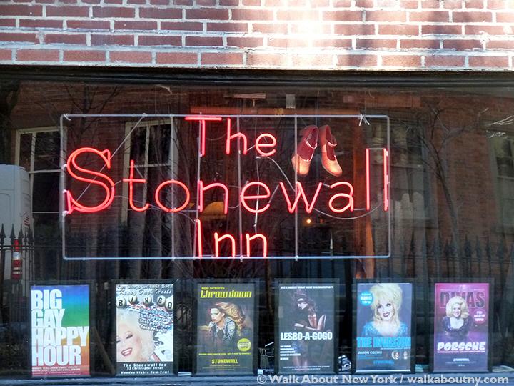 Gay Bar, Greenwich Village, Bar Crawl, Walk About New York, Guided Walking Tour, Gay History, Stonewall Inn
