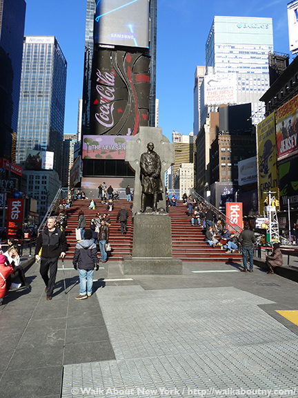 Father Duffy, Times Square, World War I, Fighting 69th, Five Squares and a Circle Tour, New York Vacation, Church of the Holy Cross, Broadway, Charles Keck, Duffy Square, TKTS Booth, Greenwich Village Walking Tour, Francis Patrick Duffy