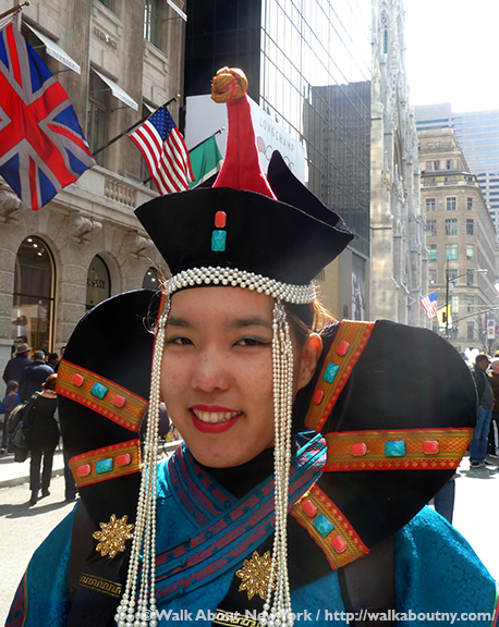 Easter Parade, Easter Bonnet, Easter Bunny, Fifth Avenue, Easter Sunday, Rockefeller Center, St. Patrick's Cathedral, St. Patrick's, Walk About New York, Chinese Fashion