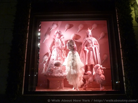 Bloomingdales, Bergdorf Goodman, Tiffany & Co., Saks Fifth Avenue, Christmas, Holiday Windows, Fifth Avenue, Macy's, Candy, Chocolate, Confections