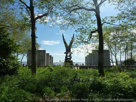 World War II, World War II Memorials, War Memorials, East Coast Memorial, Navy, Coast Guard, Army, Merchant Marine, Air Force, New York Harbor, Grateful Nation, Eagle, Bronze, Downtown Manhattan, Wall Street Area, Lower Manhattan